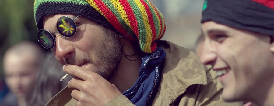 kies cannabis eerder alcohol ongezond agressief gedrag verslavend alcoholisme